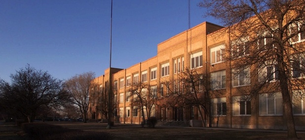 William Howard Taft High School in Chicago