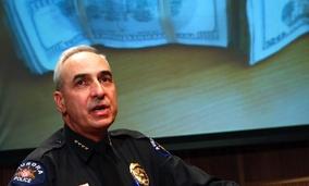 Aurora Police Chief, ... ]