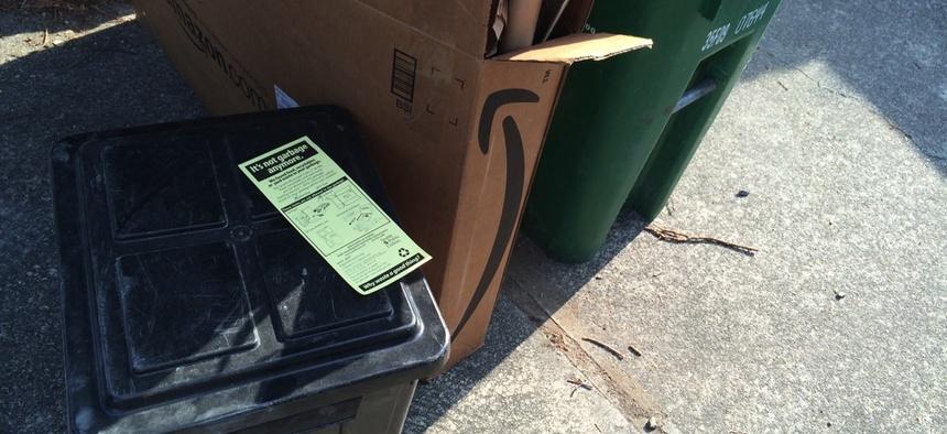 A warning sticker on a Seattle resident's garbage bin.