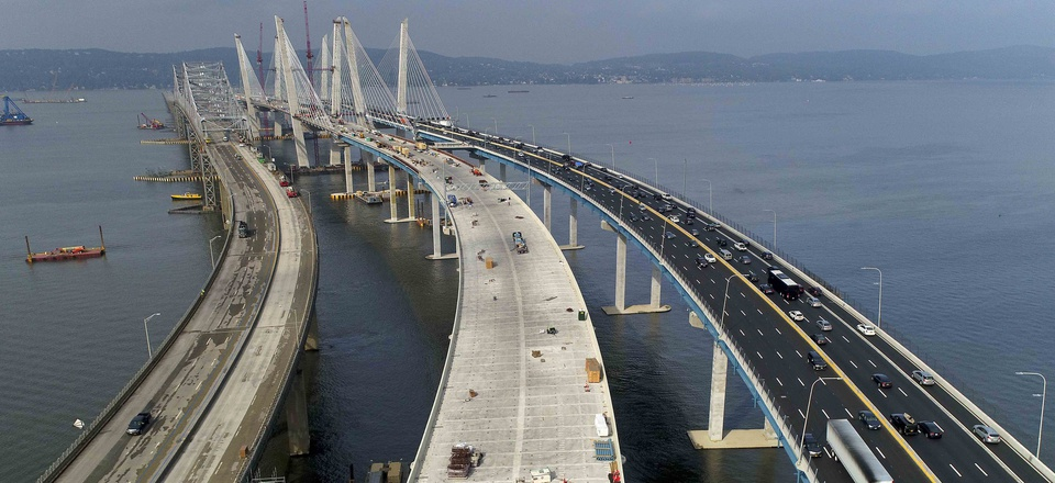 North and southbound traffic crosses the new Gov. Mario M. Cuomo Bridge, Saturday, Oct. 7, 2017, in Tarrytown, N.Y.