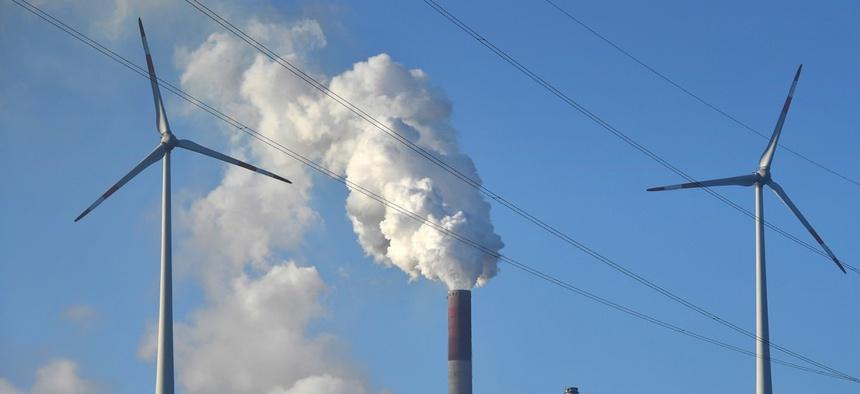 A coal-burning powe, ... ]
