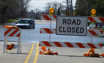 Flooding along River Road outside Chicago during flooding in 2013.