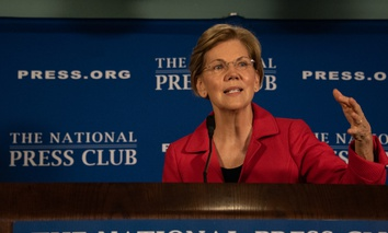 Senator Elizabeth Warren, a Democrat from Massachusetts, potential presidential candidate, speaks in August 2018 at the National Press Club.