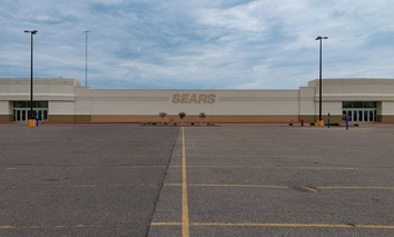 A recently shuttered Sears store in St. Cloud, Minnesota.