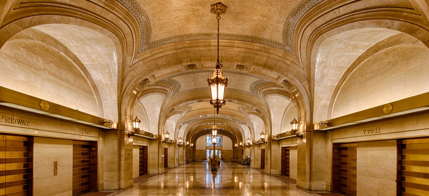 The lobby of Chicago City Hall
