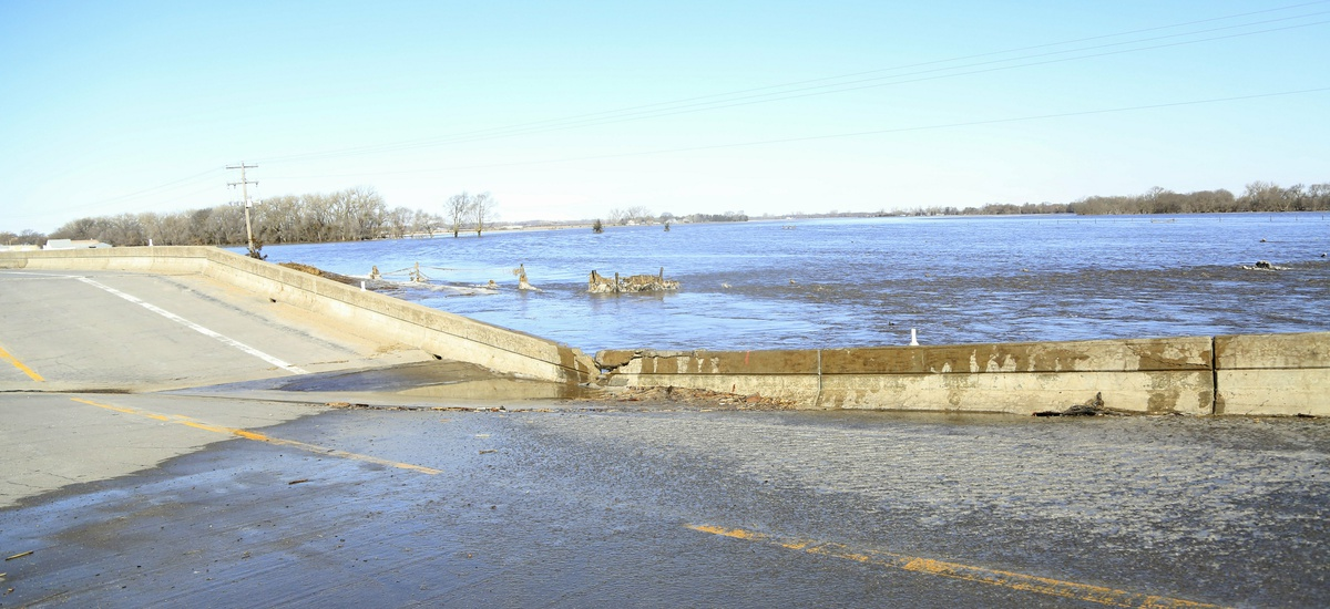 Historic Flooding in Midwest Kills at Least Two People