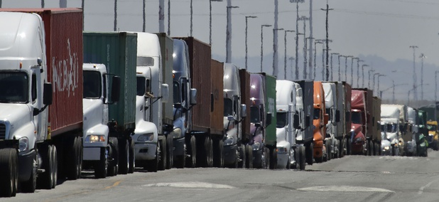 Truckers Challenge 'Gig Worker' Law With Lawsuit