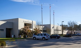 The St. Tammany Parish Jail, which houses state prisoners in Louisiana, as do many local detention centers.